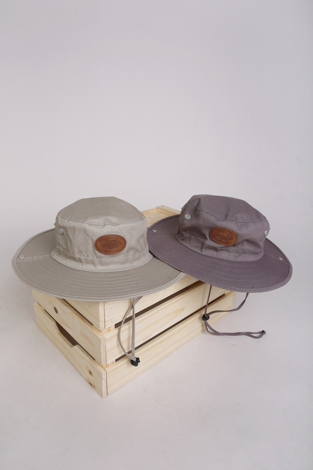 Safari Hat with Embroidered Raffles Facade Logo