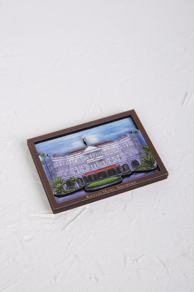 Raffles Façade Wooden Magnet