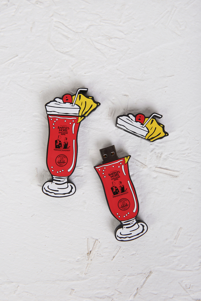 Singapore Sling Design Flash Drive (32GB)