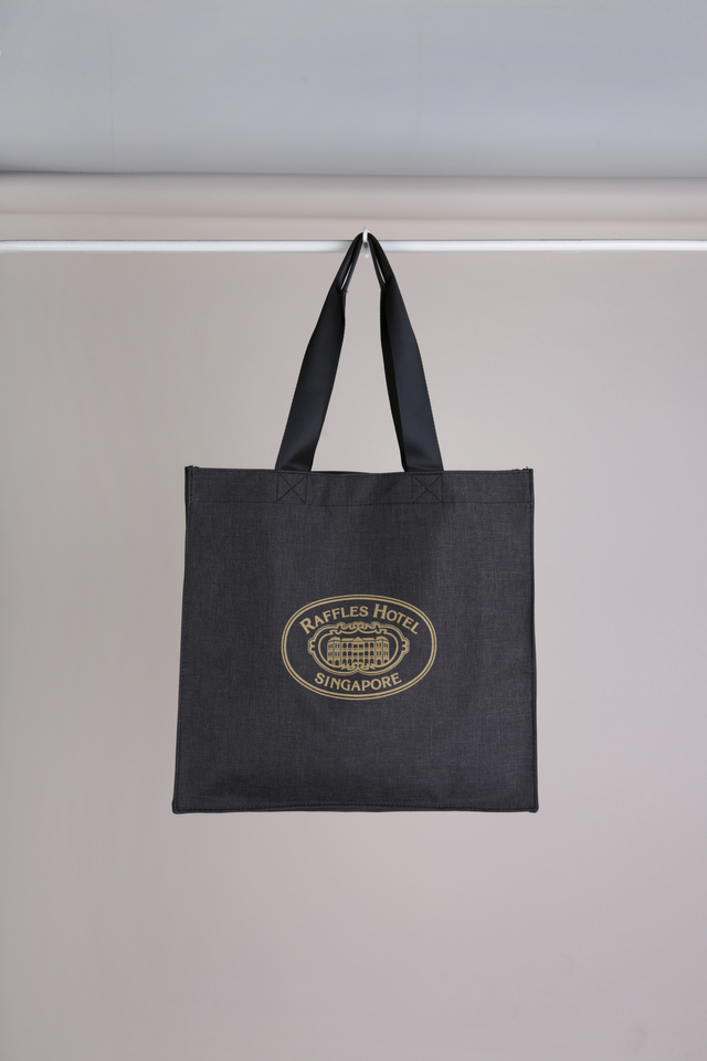 Snow Floral Bag with Raffles logo