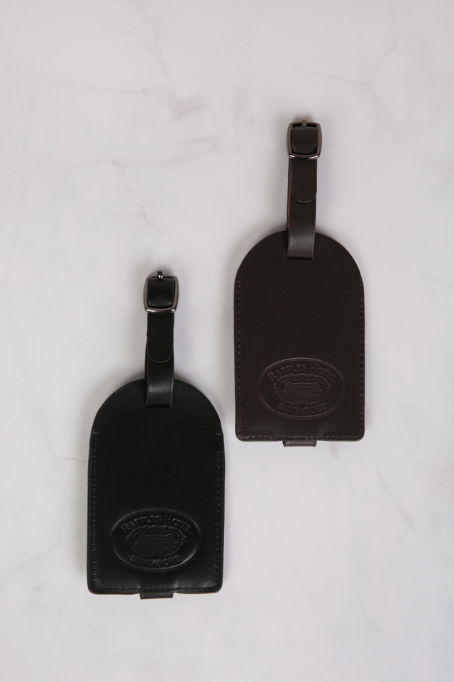 Exclusive Raffles Leather Luggage Tag