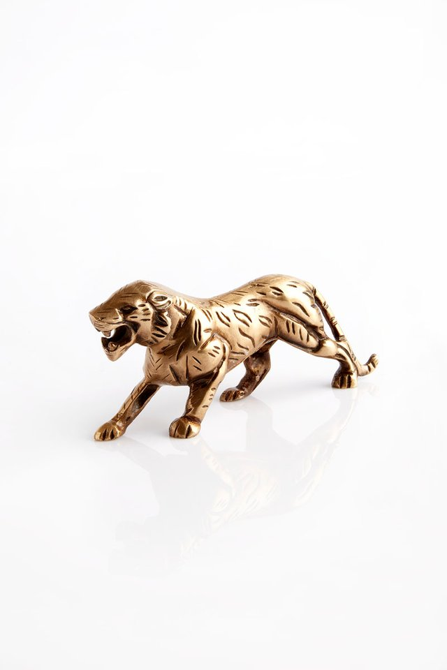 Raffles Hotelier Brass Tiger